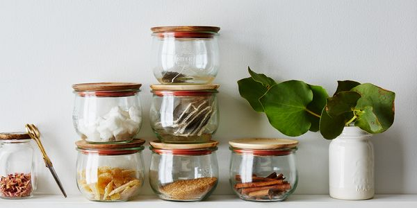 E505f578 65d8 47e3 ad82 c6e1a9cfb815  2016 0321 mountain feed tulip jars with wood lids jars and lids carousel bobbi lin 2759