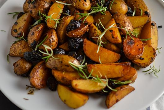 Rosemary Potatoes with Figs