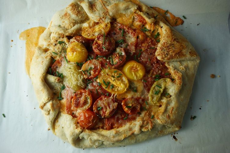 Tomato and Smoked Cheddar Galette