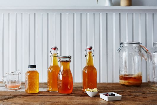 How to Make Kombucha at Home (It's Simple!)