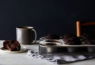 How to Master Vegan & Gluten-Free Baking (Reward: Chocolate Muffins)