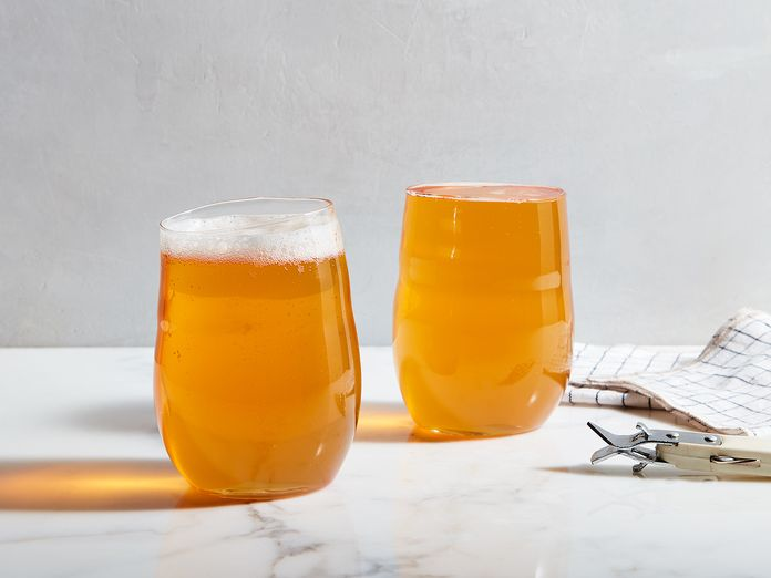 Does Foam Really Matter When Serving or Pouring Beer?