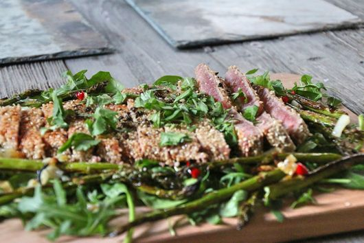 Soy & Sesame Seed Coated Tuna Salad