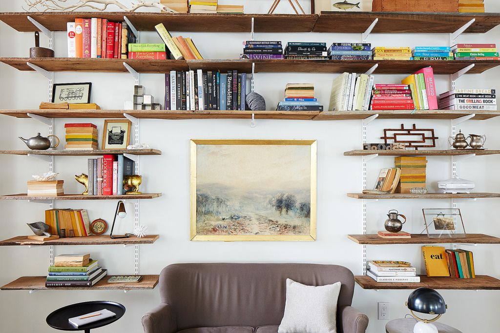 Styling Shelves with Alexis