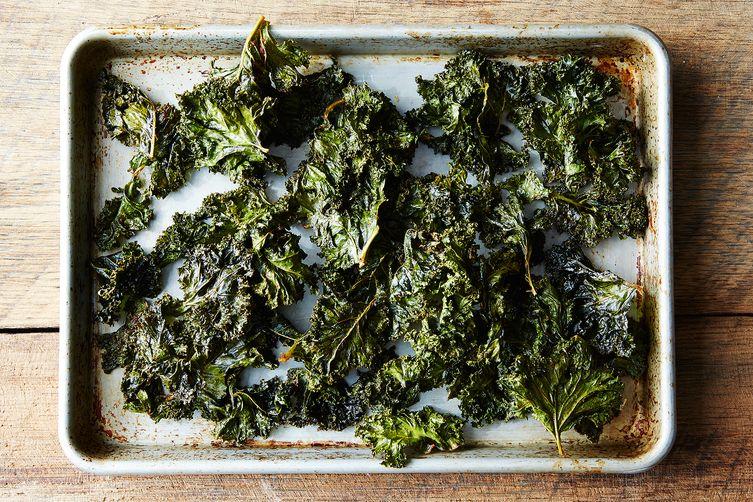 Smoky Paprika Kale Chips