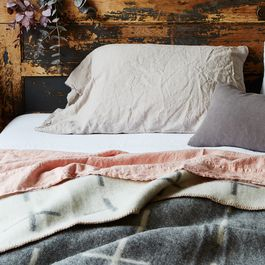 Stonewashed Linen Bedding (King)
