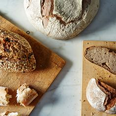 Why You Should Resist the Urge to Tear into Hot Bread