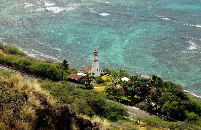 For the Best Taste of Honolulu, Drive Along the Water