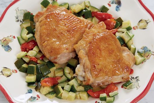 Jacques Pépin's Crunchy Skillet Chicken Thighs With Zucchini