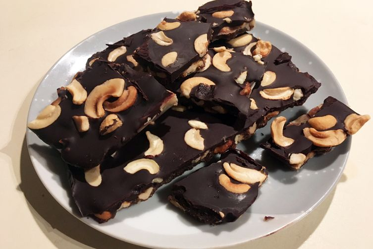 Chocolate Cashew Toffee (LC)