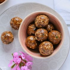 Chocolate nut energy balls
