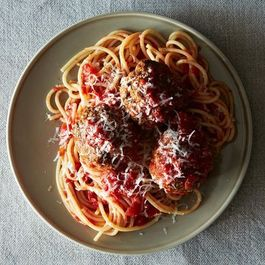 46c6d819 33f1 4ea1 835e cd5db72e296e  2013 0611 genius meatballs 017