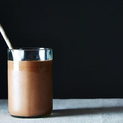 The Best -- And Easiest -- Vegan Chocolate Milkshake
