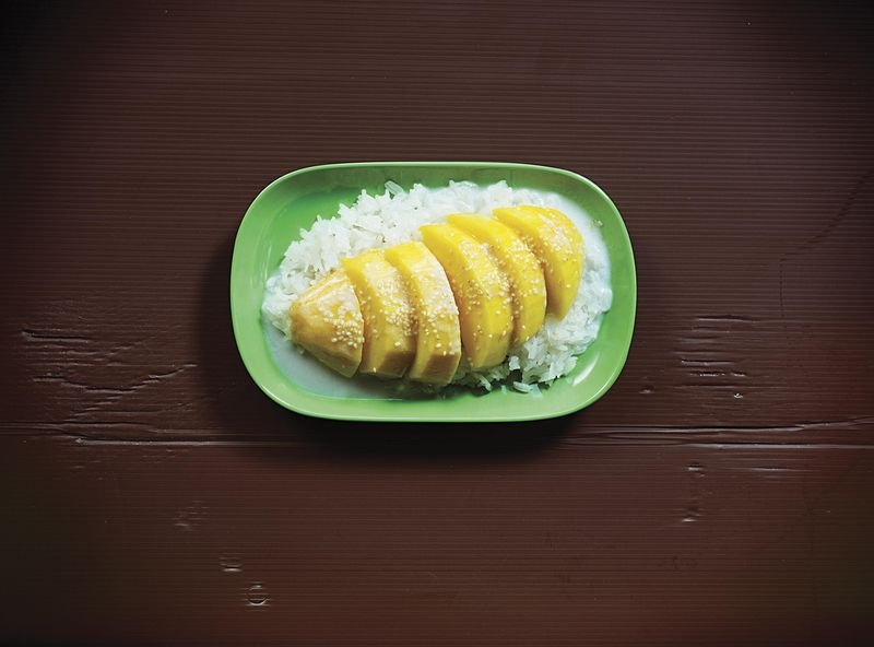 Khao Niaw Mamuang (Sticky Rice with Mango and Salty-Sweet Coconut Cream)