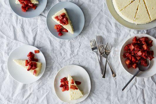 A Fraîche Take on Cheesecake