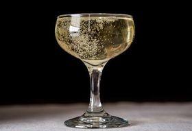 F1bc00ca 15bc 4859 a90e 09a0a0b6253f  champagne