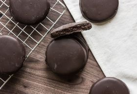 How to Make Thin Mint-Inspired Cookies at Home
