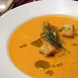 222b10f6 6a47 44be 8ce9 16bcfce20137  roasted tomato fennel soup