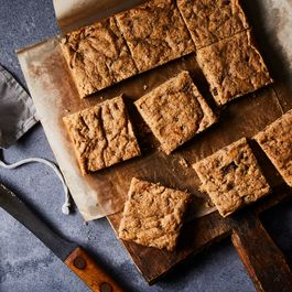The Peanut Butter-Banana Blondie We Can't Live Without