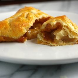 387f6626 300f 4db5 a104 eb95a403b4ac  caramel apple turnovers