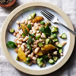 0a58aa85 85f6 4a3f b08c 81a654a4a169  2017 0816 white bean salad with cucumber and sumac julia gartland 548