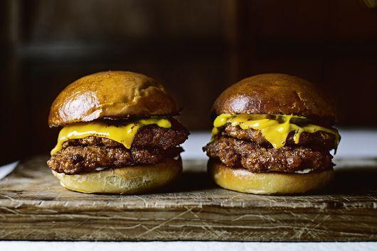 Super-Crispy Chicken Smash Burgers