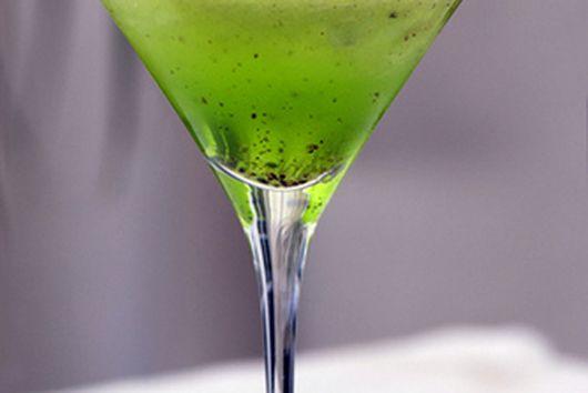 Kiwi summer cocktail