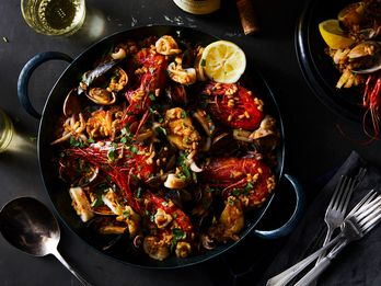 Make Traditional Spanish Paella at Home with This Simple Formula