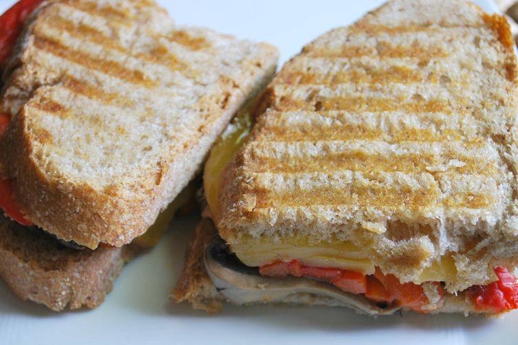 Roasted Red Pepper, Portabella & Smoked Gouda Grilled Cheese