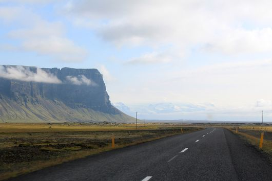 Why Everyone's Going to Iceland (and Why You Should Join Them)