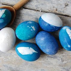 How to Dye Easter Eggs Using Vegetable Scraps
