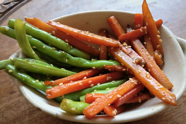 Japanese style Sesame Beans and Carrot