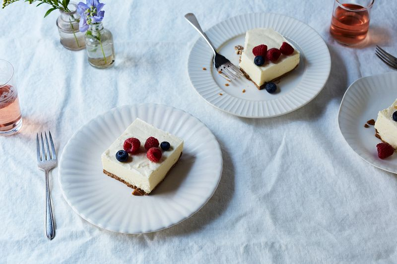 4043642e f78c 4d63 a1ab 2f72f36aab6e  2017 0518 unchurned ice cream cake with graham crust julia gartland 25270 4 Whip Smart Recipes (& Tricks!) to Add to Your Go To List