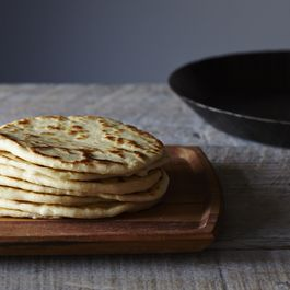 3d41329e-4c5f-413d-a633-d0d36a2afe49--2014-0722_food52_flour_tortillas_from_scratch_013