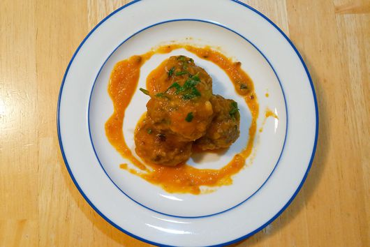 Meatballs Cooked in a Red Pepper Tomato Sauce
