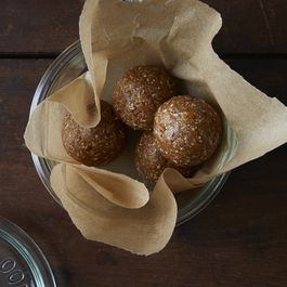 Raw Snack Balls with Apricots, Dates, and Cashews
