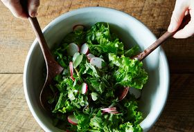 Even Great Chefs Disagree About This Befuddling Salad Conundrum