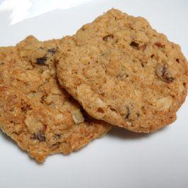 egg-free oatmeal raisin cookies