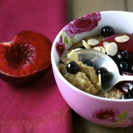 Oatmeal with Stewed Fruit and Almonds