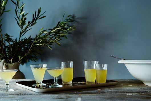 A Knockout Pineapple Punch & 18 Other Tropical Drinks