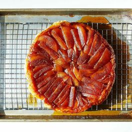 How to Make a Tarte Tatin Without a Recipe