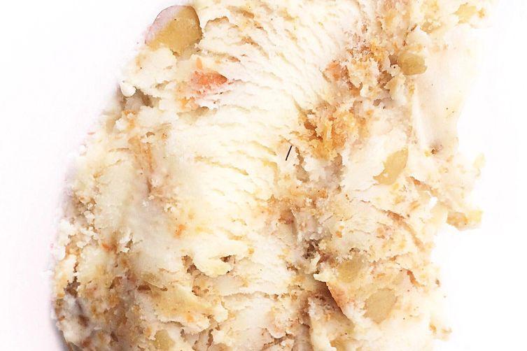 Carrot cake ginger cheesecake ice cream