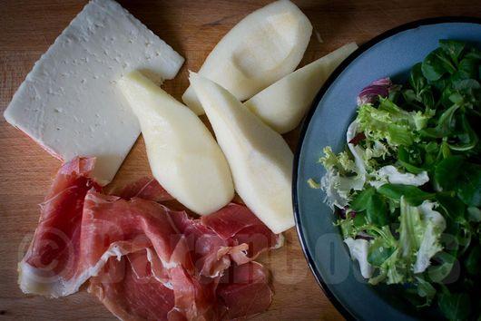 Goat cheese, pear and jamon iberico salad