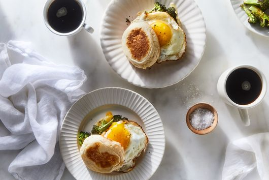 Broccoli, Egg & Cheese Sandwich