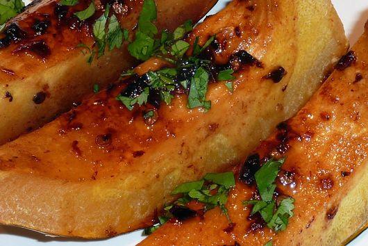 Roasted Acorn Squash with Chipotle-Hoisin Glaze