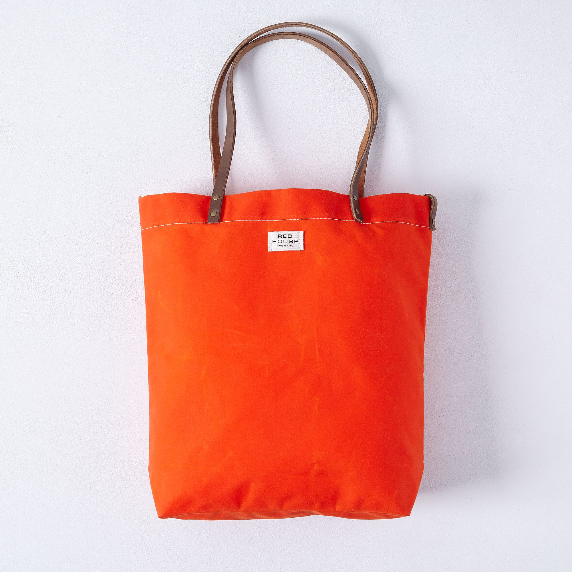 A30d3869 182a 47de 86c2 d3cecb2e63a0  2016 0701 red house tote bag orange silo rocky luten 006