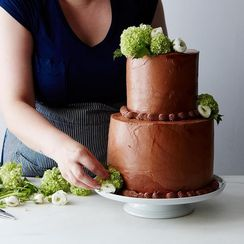 How to DIY a Wedding Cake Without Hyperventilating