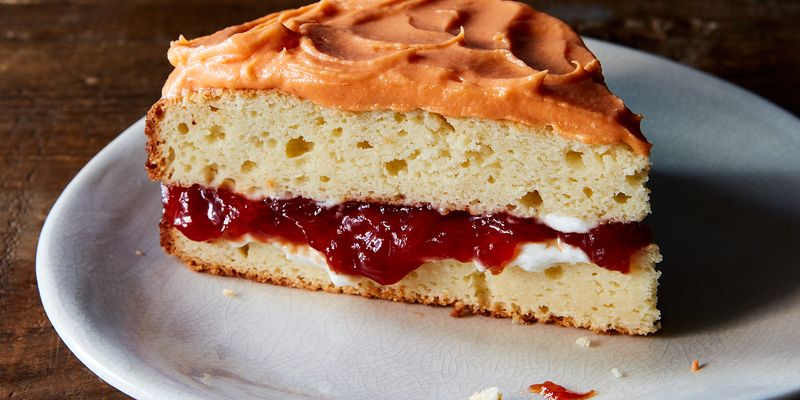 Put the sauce on hold and save the sandwiches for later: It's cake time