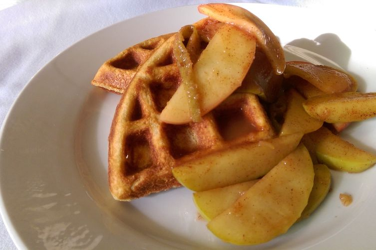 Whole Wheat Waffles with Spiced Apples