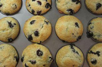 E5cc378f f776 4674 8215 f9da48485502  muffins